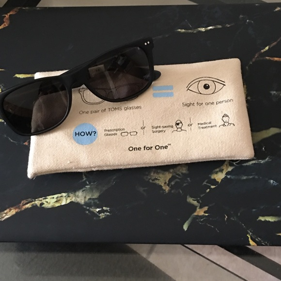 b877989761dd Toms Accessories | Your Price Sunglasses In Great Condition | Poshmark